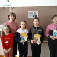 Заключительный день Недели детской книги в Ивано-Кувалатской сельскойбиблиотеке был посвящен сказочнику – Х.К.Андерсену.